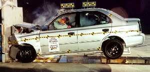 NCAP 2002 Hyundai Accent front crash test photo