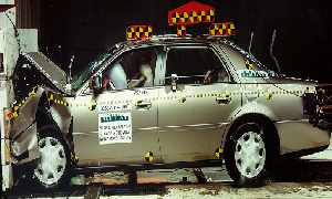NCAP 2002 Cadillac DeVille front crash test photo