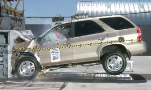 NCAP 2002 Acura MDX front crash test photo