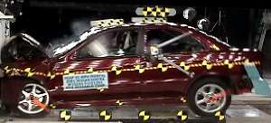 NCAP 2002 Nissan Sentra front crash test photo