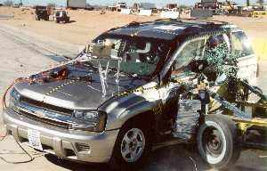 NCAP 2002 Chevrolet Trailblazer side crash test photo