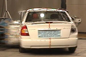 NCAP 2002 Hyundai Accent side crash test photo