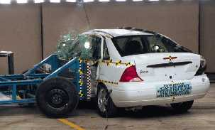 NCAP 2002 Ford Focus side crash test photo