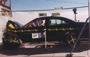 NCAP 2002 Pontiac Grand Am front crash test photo