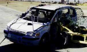 NCAP 2002 Chevrolet Venture side crash test photo