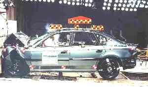 NCAP 2003 Subaru Legacy front crash test photo