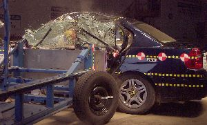 NCAP 2004 Chevrolet Malibu side crash test photo