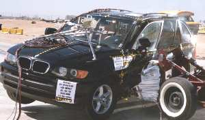 NCAP 2005 BMW X5 side crash test photo