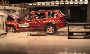 2005 Jeep Grand Cherokee 4-DR. after frontal crash test