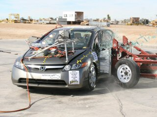 NCAP 2007 Honda Civic side crash test photo