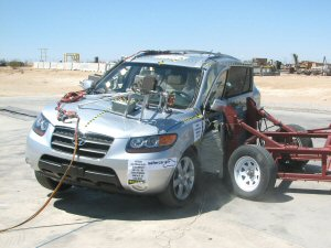 NCAP 2007 Hyundai Santa Fe side crash test photo