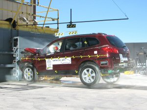 2008 Hyundai Santa Fe 4-DR w/SAB after frontal crash test