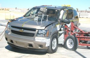 NCAP 2008 Chevrolet Tahoe side crash test photo