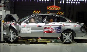 NCAP 2009 Buick LaCrosse front crash test photo