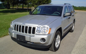 Photo of 2009 Jeep Grand Cherokee 4-DR. w/SAB