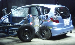 NCAP 2009 Honda Fit side crash test photo