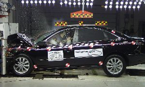 NCAP 2010 Hyundai Azera front crash test photo