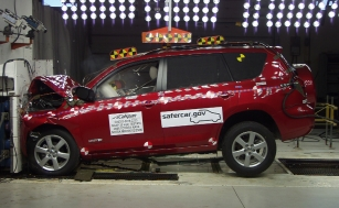 NCAP 2010 Toyota RAV4 front crash test photo