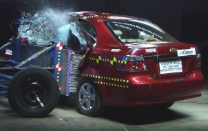 NCAP 2010 Chevrolet Aveo side crash test photo
