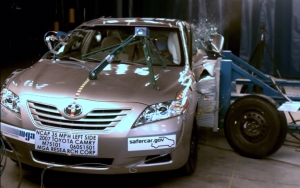 NCAP 2010 Toyota Camry side crash test photo