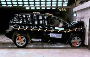 NCAP 2010 Jeep Compass front crash test photo