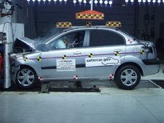 NCAP 2010 Kia Rio front crash test photo