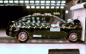 NCAP 2010 Chrysler Sebring front crash test photo