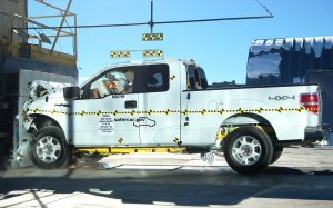 NCAP 2010 Ford F-150 front crash test photo