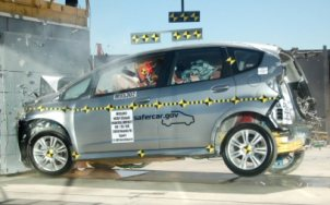 NCAP 2010 Honda Fit front crash test photo