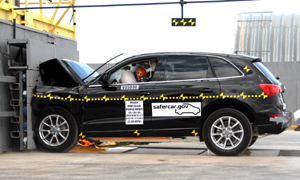 NCAP 2010 Audi Q5 front crash test photo