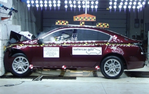NCAP 2010 Acura TL front crash test photo