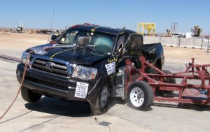 NCAP 2010 Toyota Tacoma side crash test photo