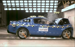 NCAP 2010 Ford Mustang front crash test photo