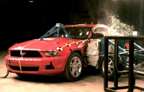 NCAP 2010 Ford Mustang side crash test photo