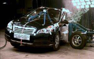 NCAP 2010 Subaru Outback side crash test photo