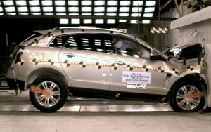 NCAP 2010 Cadillac SRX front crash test photo