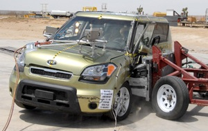 NCAP 2010 Kia Soul side crash test photo