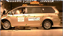 NCAP 2011 Toyota Sienna front crash test photo