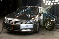 NCAP 2011 Honda Accord side crash test photo