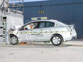 NCAP 2011 Nissan Sentra front crash test photo
