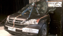 NCAP 2011 Honda CR-V side pole crash test photo