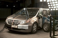 NCAP 2011 Honda Odyssey side crash test photo