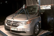 NCAP 2012 Honda Odyssey side pole crash test photo