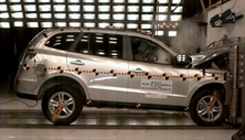 NCAP 2012 Hyundai Santa Fe front crash test photo