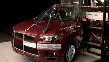 NCAP 2012 Mitsubishi Outlander Sport side pole crash test photo