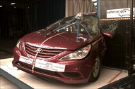 NCAP 2013 Hyundai Sonata side pole crash test photo