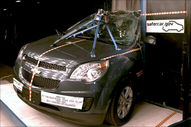NCAP 2013 Chevrolet Equinox side pole crash test photo
