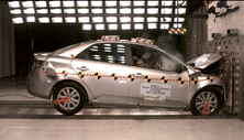 NCAP 2013 Kia Forte front crash test photo