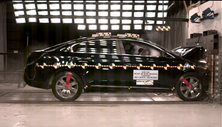 NCAP 2013 Buick LaCrosse front crash test photo