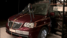 NCAP 2013 Chrysler Town & Country side pole crash test photo